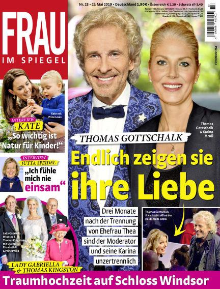 Frau im Spiegel May 29, 2019 00:00
