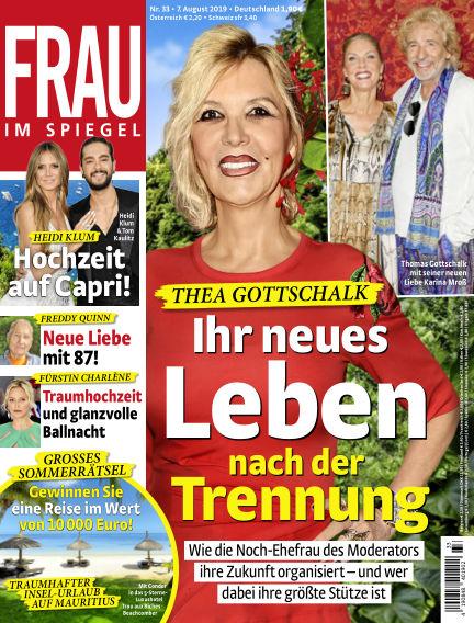 Frau im Spiegel August 07, 2019 00:00